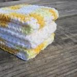Yellow/White Dish Cloth Set..